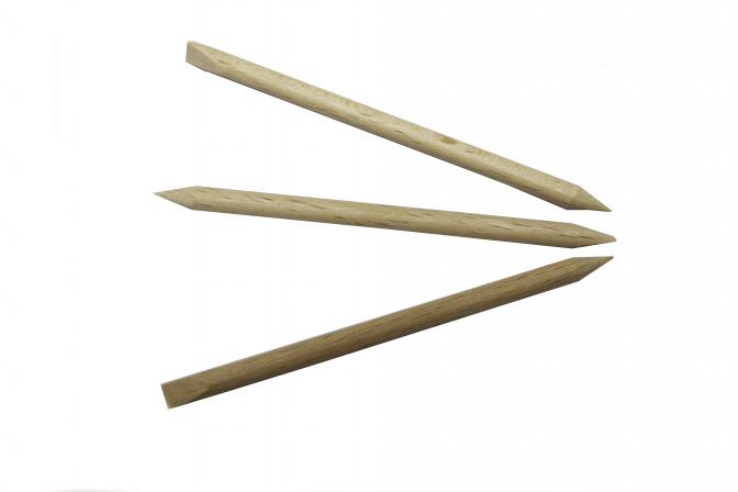 Dřevěné manikérské dřívko na upravu nehtů